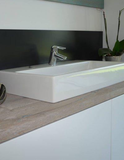 Modernes Bad der Schreinerei Filser
